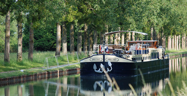 Apres tour luxury canal barge cruise burgundy france