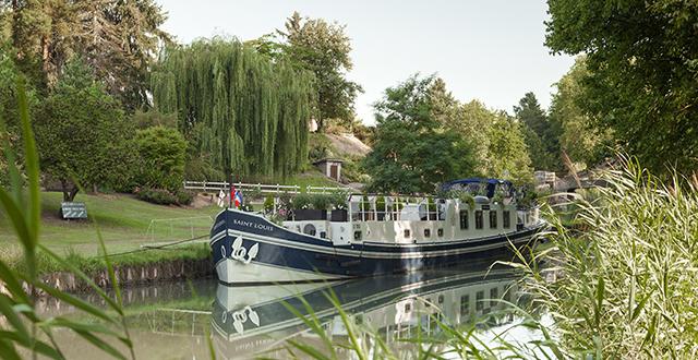 luxury hotel barge saint louis bordeaux gascony