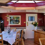 Saroche delightful salon/dining