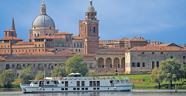Luxury hotel barge italy