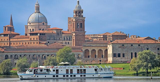 Luxury hotel barge italy