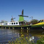 La Nouvelle Etoile cruising in Holland