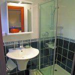 Magna Carta bathroom