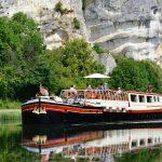 Barge Luciole Nivernais canal Roches du saussoir cruising cliffs River Yonne