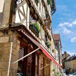Burgundy Cafe