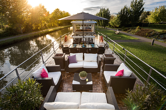 Grand Victoria Luxury Barge Cruises
